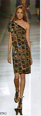 robe décolleté assymétirque etro